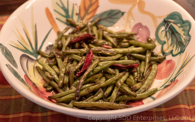 Sauteed Green Beans with Chile Peppers and Honey