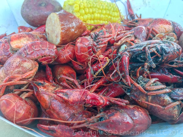 boiled crawfish with sausage and corn